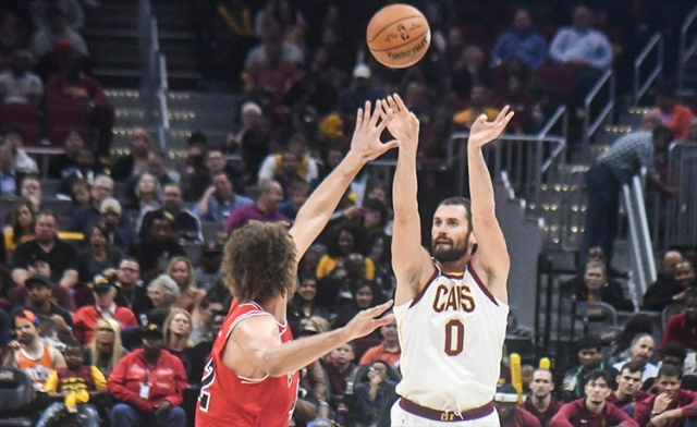 Kevin-Love-Cleveland-Cavaliers-2017-2018-1
